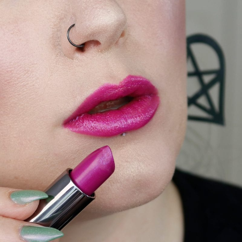 Urban Decay Vice Lipstick in Heartache lip swatch