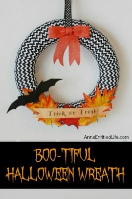 DIY Halloween Wreaths - Boo-tiful Halloween Wreath