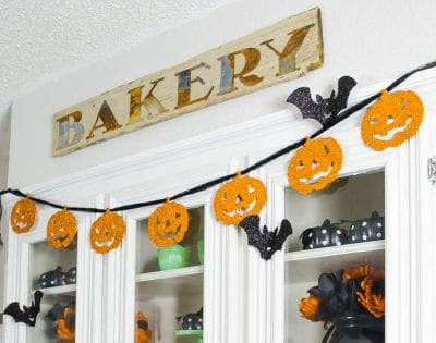 Budget-Friendly Halloween Decor by I Should Be Mopping the floor