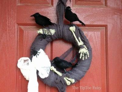 DIY Creepy Crow and Bones Wreath by the Tiptoe Fairy