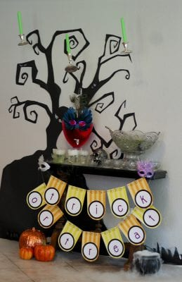 Easy DIY Spooky Paper Tree by Tikkido