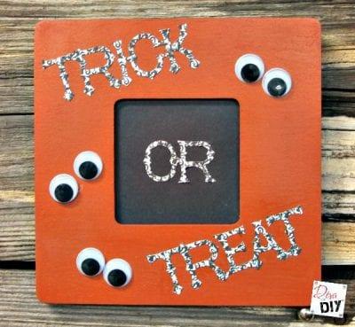 EASY DIY Halloween Frame by Diva of DIY