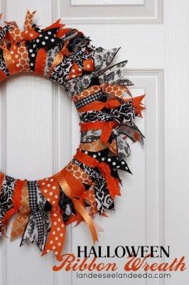DIY Halloween Wreaths - Halloween Ribbon Wreath