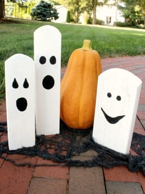 DIY Halloween Wood Scrap Decorations by A Turtle's Life for Me