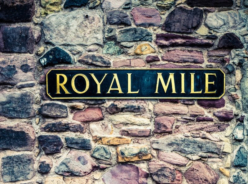 10 Must-See Sights in Scotland - the Royal Mile
