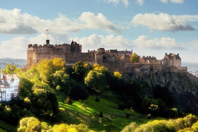 10 Must-See Sights in Scotland - Edinburgh Castle