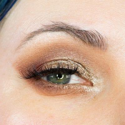 Natasha Denona Mini Lila Tutorial on Blue Green Eyes