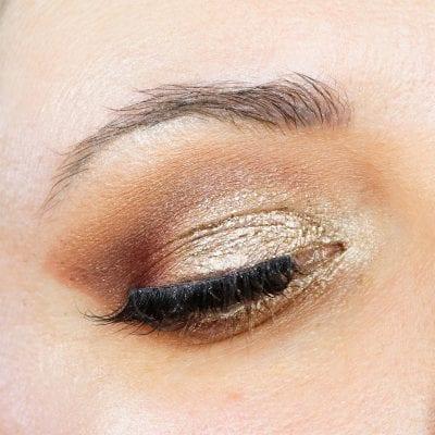 Natasha Denona Mini Lila Tutorial on Hooded Eyes