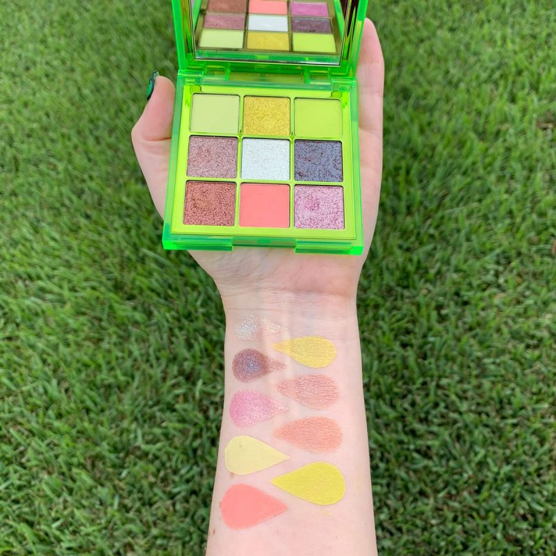 Huda Beauty Neon Obsessions Green Palette Review & Swatches