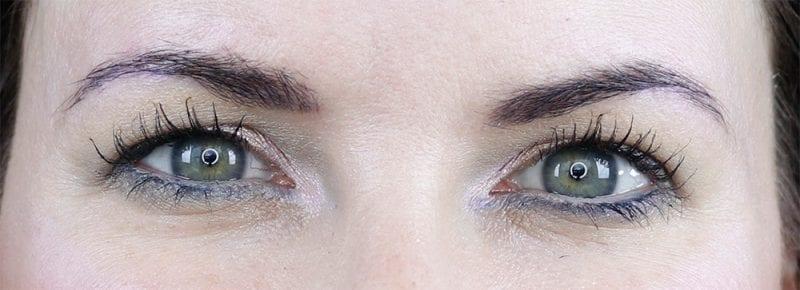 What are hooded eyes? Do I have them?