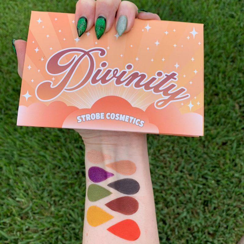 Strobe Divinity Palette