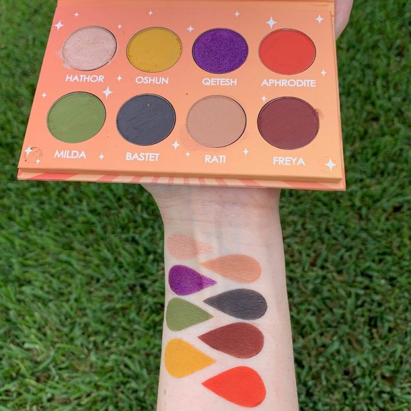 Strobe Divinity Palette swatches on Fair Skin
