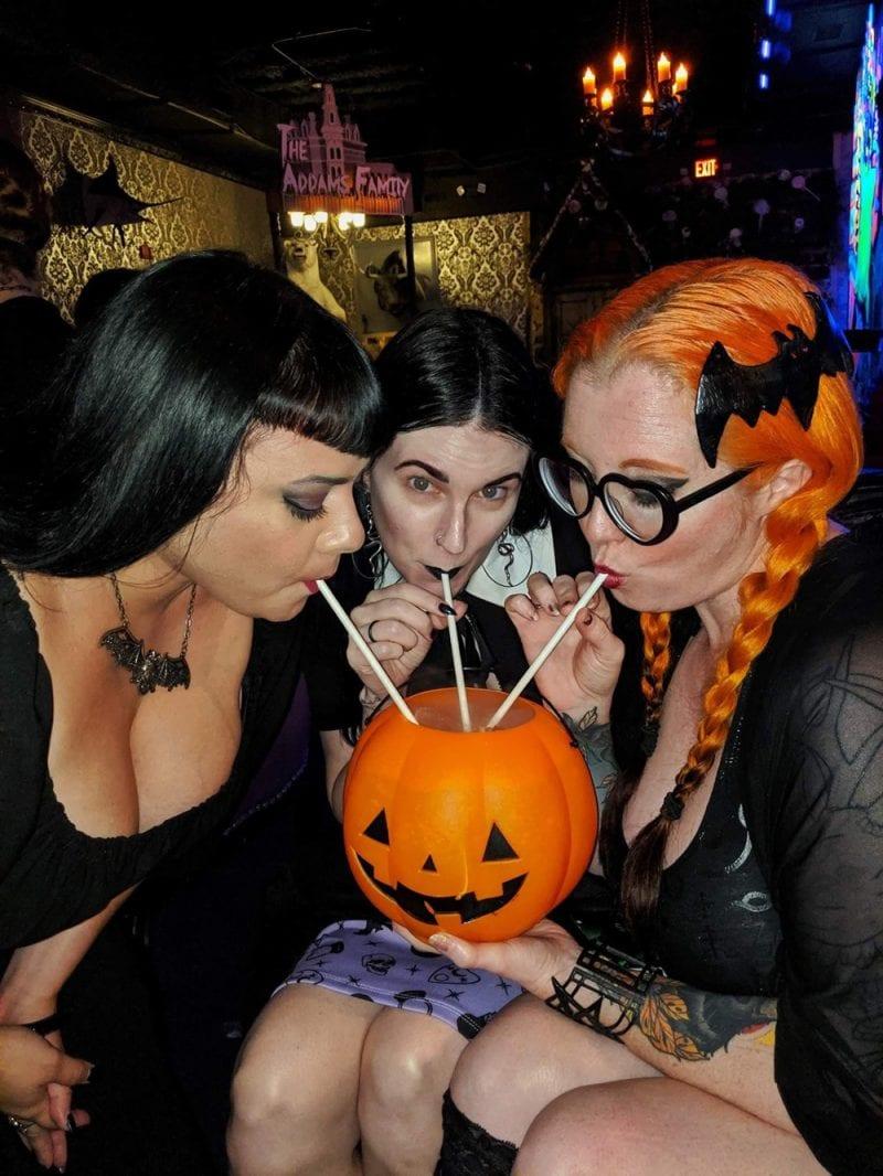 Robby, Courtney, Carlye