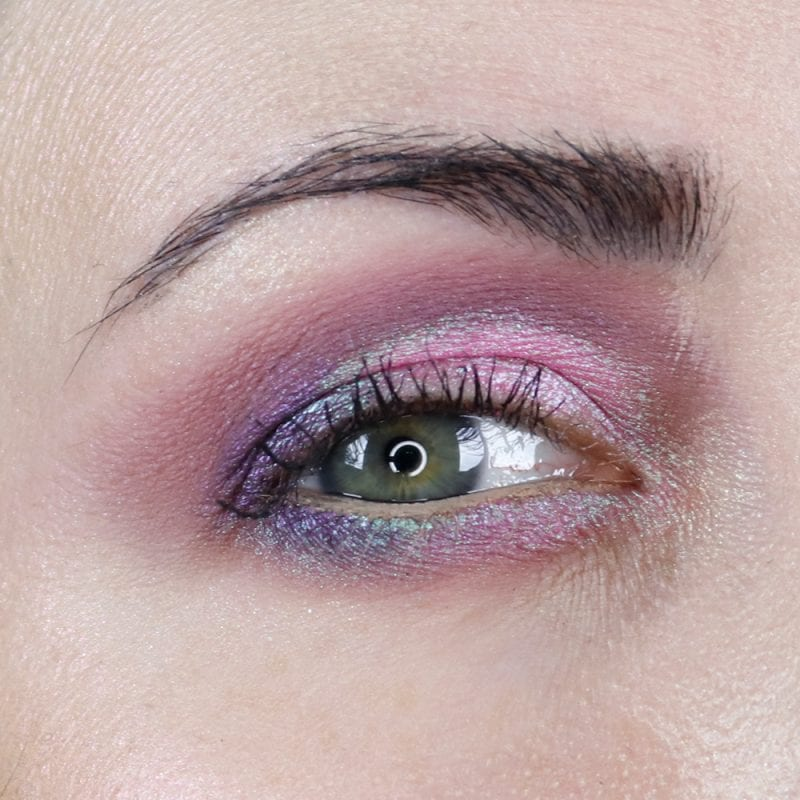 Fyrinnae Alpenglow and Idolize duochrome eyeshadows