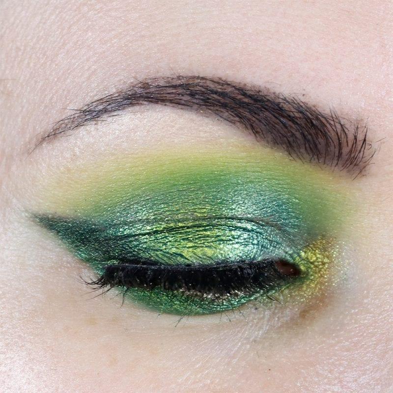 JD Glow See Weed eyeshadow