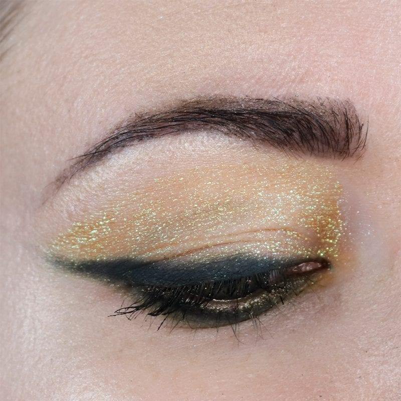 Gold to Green to Peach Duochrome Eyeshadow