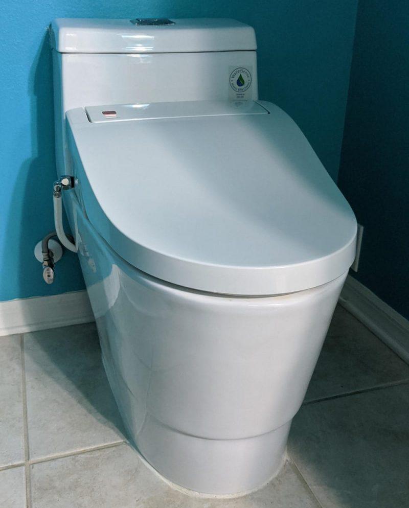 Woodbridge Bidet Toilet
