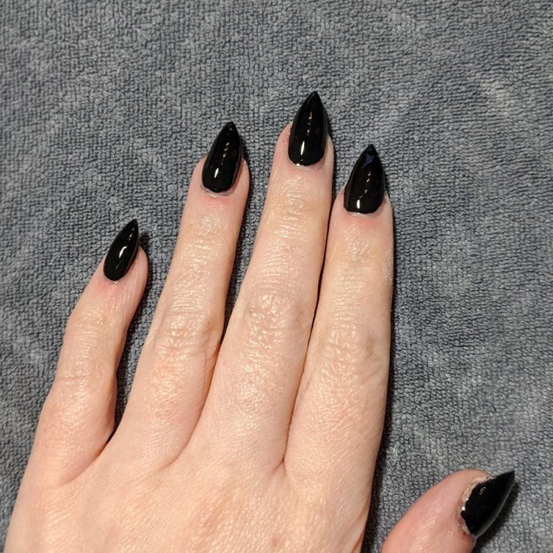 Holo Taco One Coat Black Stiletto Mani