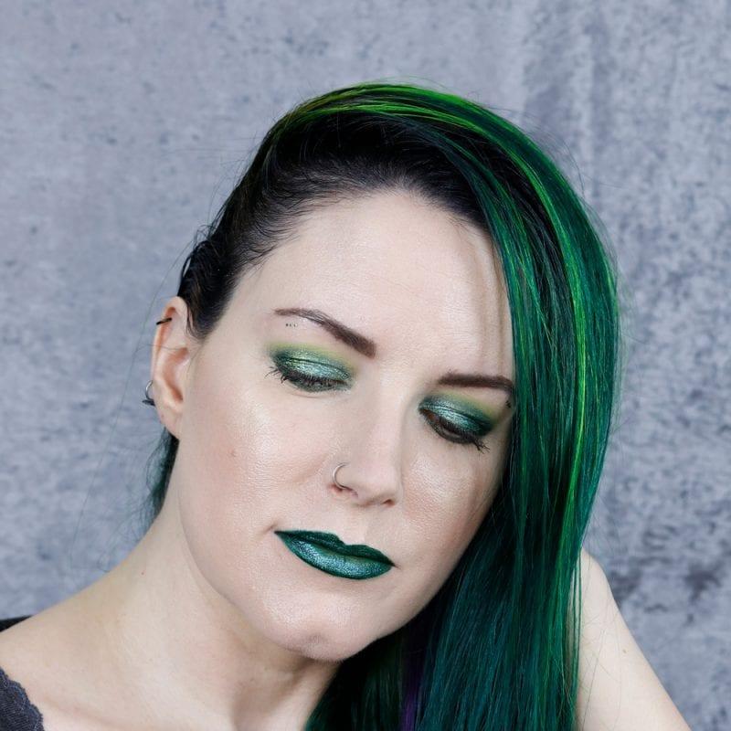Green Hair Green Makeup