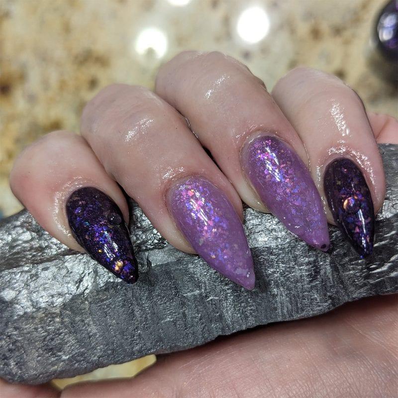 Black to Purple Thermal Nail Polish