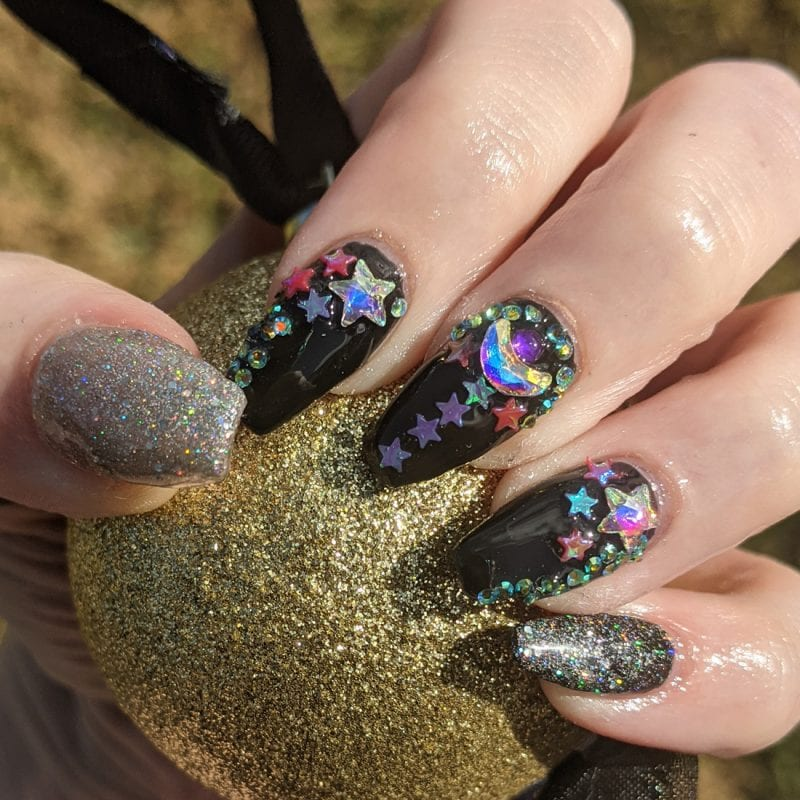 Blingy New Years Nails