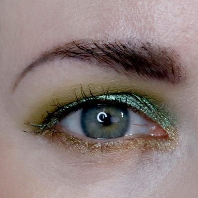 Green Makeup on Hooded Eyes