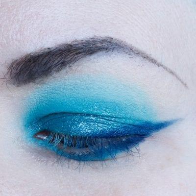 Teal Eyeshadow Look