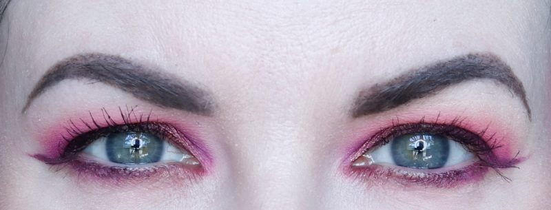 Bold Makeup Hooded Eyes