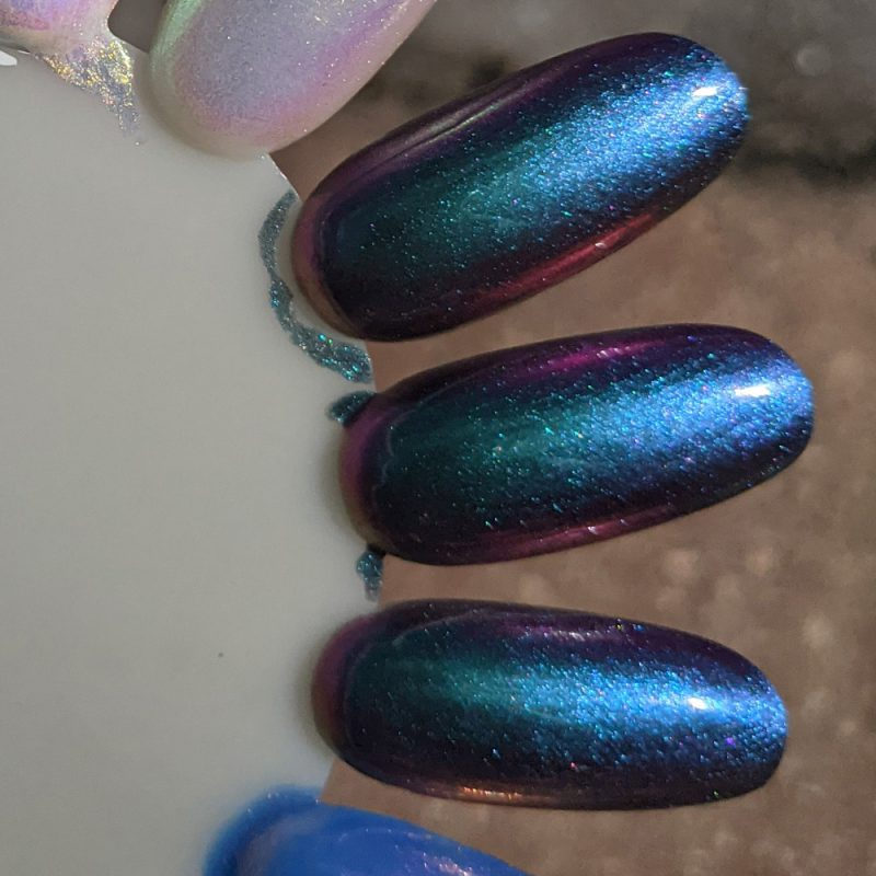 KBShimmer No Illusions swatch