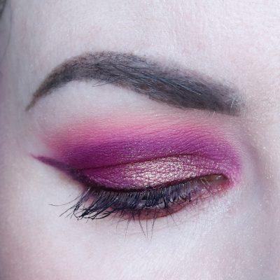 Pink Duochrome Makeup